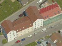 Bytový dům Veselská - rekonstrukce střešního plášt